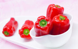Czerwoni świezi dzwonkowi pieprze, słodki pieprz Fotografia Royalty Free