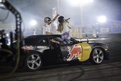 Czerwoni Byka Parking Samochodowy Dryfu Środkowy Wschód Finały Fotografia Royalty Free