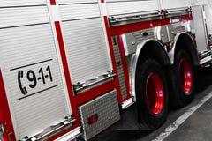 Czerwoni Firetruck szczegóły prawa strona Zdjęcie Stock