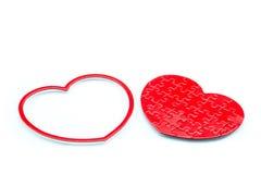 Czerwony łamigłówki serce na białym tle, miłości pojęcie Fotografia Royalty Free