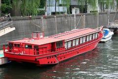 czerwony łodzi drewniane fotografia stock
