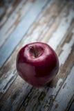 Czerwony świeży jabłko Zdjęcia Stock