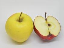 Czerwony żółty jabłko z gree Zdjęcia Stock