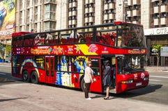 Czerwony autobusu piętrowego autobus w Kijów Zdjęcia Stock