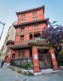 Czerwony chińczyka dom w Paryż obrazy royalty free
