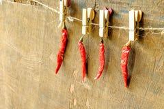Czerwony chili na stole zdjęcia stock