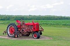 czerwony ciągnika fotografia royalty free