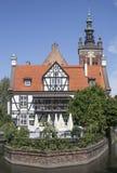 Czerwony dachowy budynek w Gdańskim obraz stock