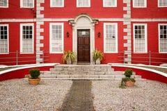 Czerwony dom Youghal Irlandia fotografia royalty free