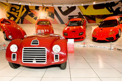 czerwony Ferrari samochodowy sport zdjęcie royalty free