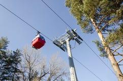 Czerwony gondola samochodu dźwignięcie Zdjęcia Stock