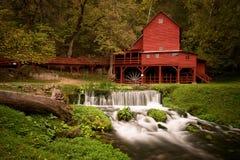 Czerwony Gristmill Fotografia Stock