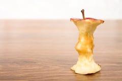 Czerwony jabłko kawałek zdjęcia stock
