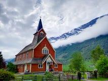 Czerwony kościół w Norwegia obraz stock