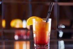 Czerwony koktajl w barze Zdjęcie Royalty Free