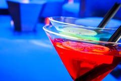 Czerwony koktajlu napój z przestrzenią dla teksta Obrazy Stock