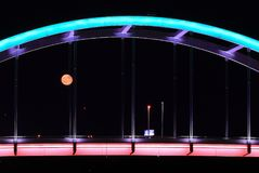 czerwony księżyc wydźwignięcie Fotografia Stock