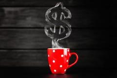 czerwony kubek do kawy Zdjęcia Royalty Free