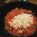 Czerwony makaron Z pomidorem i serem Obrazy Royalty Free