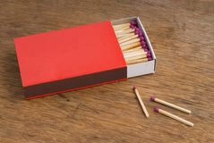 czerwony matchbox obraz stock