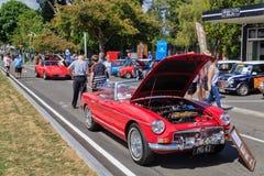 Czerwony 1963 MG Tourer, sporta samochód przy samochodowym przedstawieniem, obrazy royalty free