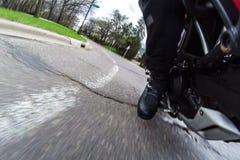 Czerwony motocyklu kręcenie Obrazy Stock