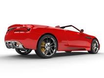 Czerwony odwracalny sporta samochód tylny boczny widok - studio strzelał - Zdjęcia Royalty Free