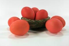czerwony pomarańczowej wielkanoc jaj Fotografia Royalty Free