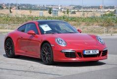 Czerwony Porsche 911 Carrera 4 GTS Zdjęcia Stock