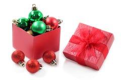 Czerwony prezenta pudełko dla świętowania Zdjęcie Royalty Free