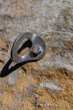 Czerwony rzeczny wąwozu rockowego pięcia rygla kastingu cień na piaskowiec skały twarzy obrazy royalty free