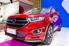 Czerwony samochód - Ford krawędź Obrazy Stock