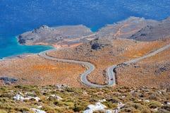 Czerwony samochód, morze egejskie, Crete, Grecja Fotografia Royalty Free