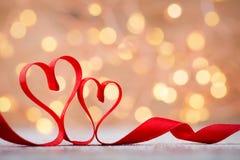 Czerwony serce faborek Walentynka dnia tło Fotografia Royalty Free
