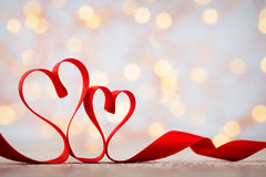 Czerwony serce faborek Walentynka dnia tło Obrazy Stock