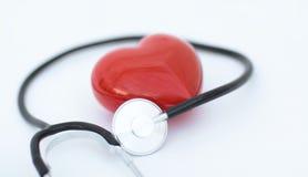 Czerwony serce i stetoskop Zdjęcie Royalty Free