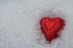 Czerwony serce w śniegu Obrazy Royalty Free