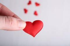Czerwony serce w ręce Fotografia Stock