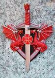 czerwony smok miecz fotografia royalty free