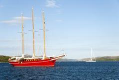 czerwony statek Zdjęcia Stock