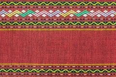 CZERWONY Tajlandzki jedwabniczej tkaniny wzór Zdjęcia Stock
