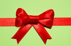 Czerwony tasiemkowy łęk Fotografia Royalty Free
