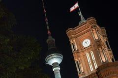 Czerwony townhall Berlin Germany przy nocą Fotografia Stock