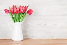 01 czerwony tulipan Obrazy Stock