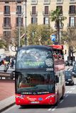 Czerwony turystyczny zwiedzać w Hiszpanii Zdjęcie Stock