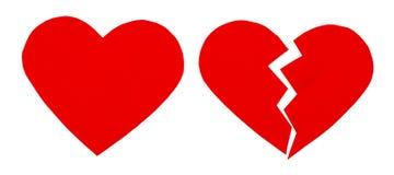 Czerwony zawód miłosny, złamane serce/ zamyka up papierowy złamane serce Zdjęcie Royalty Free