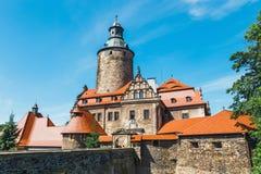 Czochakasteel op blauwe hemel, Polen Stock Foto's