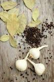 Czosnku, pieprzowego i podpalanego liść, Zdjęcie Stock