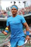 Czternaście czasu wielkiego szlema mistrzów Rafael Nadal podczas jego drugi round dopasowania przy Roland Garros 2015 Zdjęcie Royalty Free