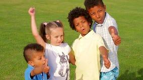 Cztery ładnego dziecka zdjęcie wideo